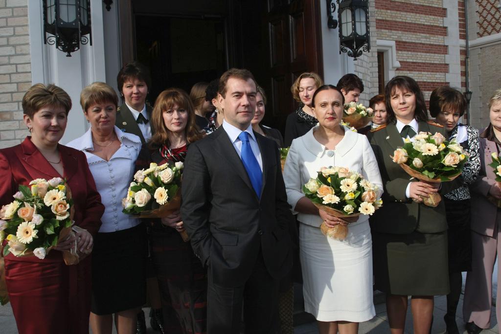Happy March 8th (S vas'-MIM MAR-ta) to Russia ...