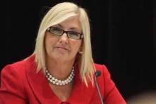 La députée libérale Maryse Gaudreault, présidente du Cercle des femmes parlementaires de Québec, déplore l'absence de ressources en place pour les élus et leur personnel, en cas de harcèlement sexuel.